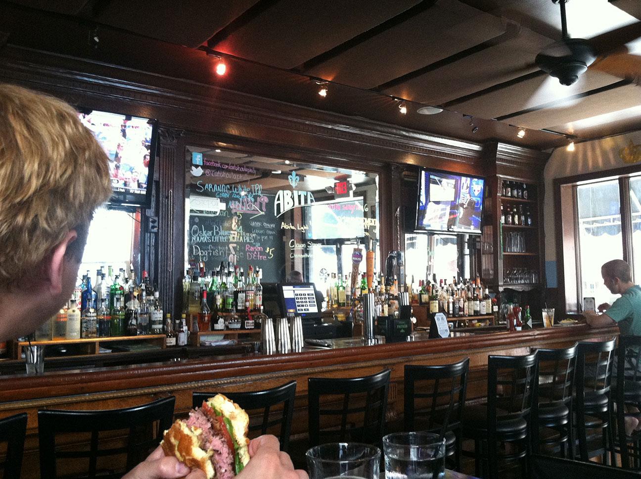 the bar at Catahoula