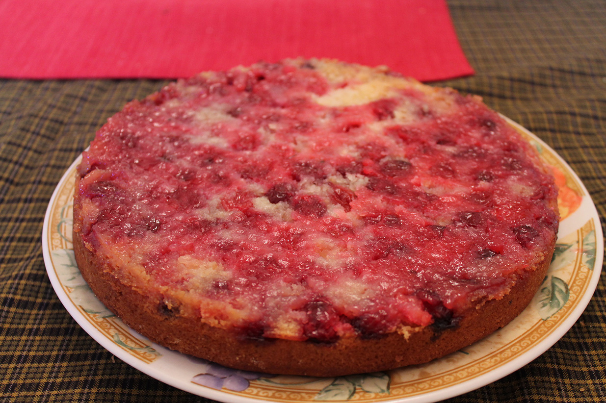 upside-down cranberry cake -- anh's favorite holiday dessert